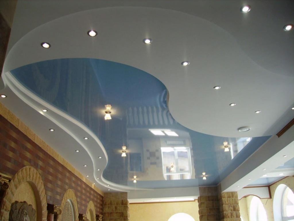 Натяжные потолки в зал, гостиную (7)