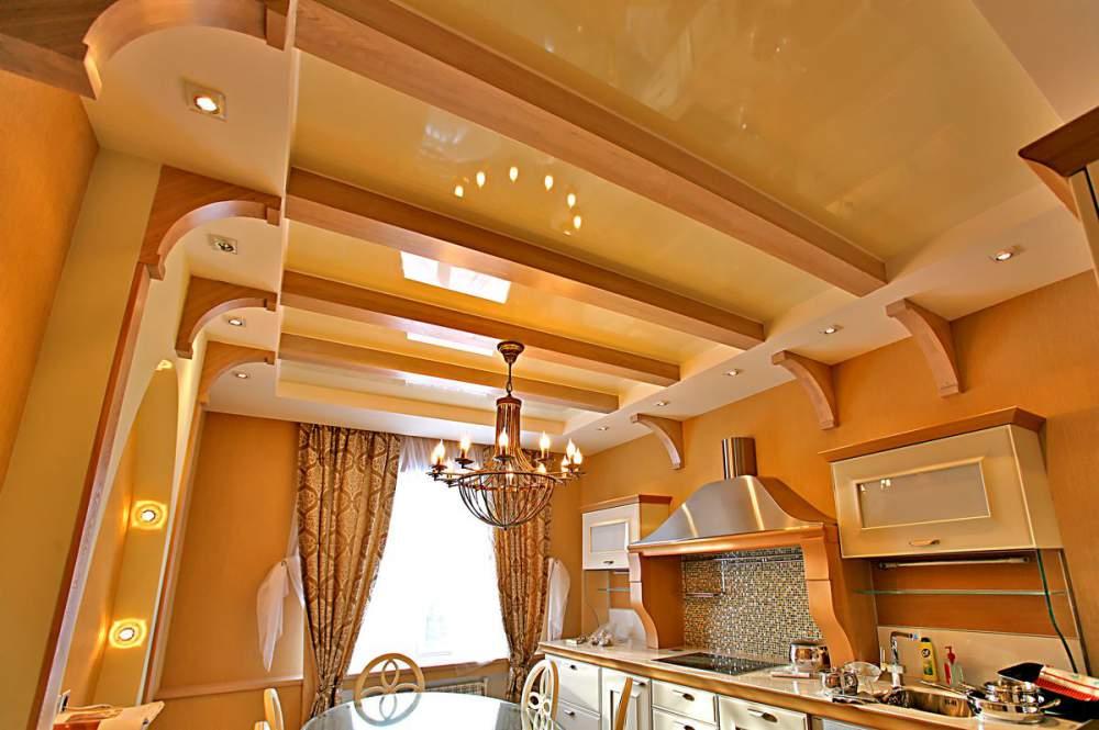 Яркие глянцевые многоуровневые потолки на кухне всегда будут поднимать настроение и смотреться оригинально и стильно