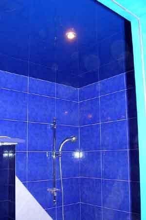 натяжной потолок в ванную и в туалет в уфе (1)