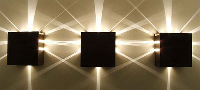 потолочные светильники выполняются в стиле хай-тек