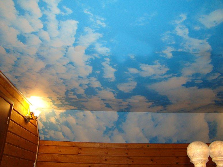 Натяжной потолок с использованием облаков