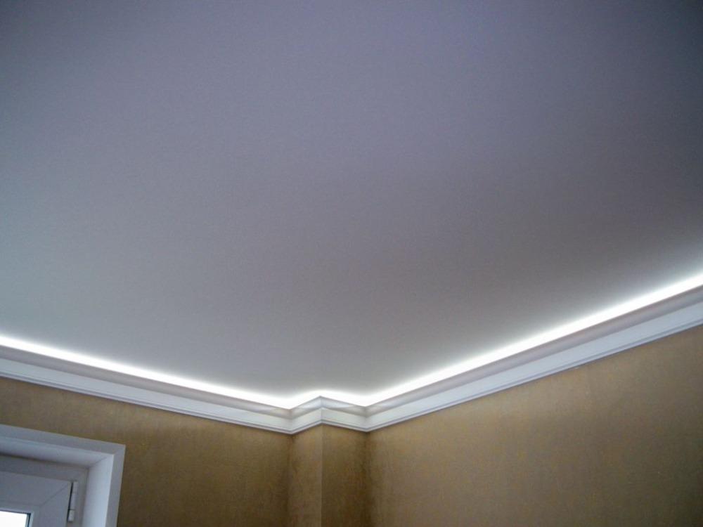 Матовый натяжной потолок со светодиодной подсветкой