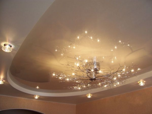 Натяжные потолки в зал, гостиную (25)