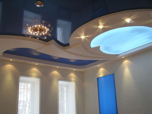Натяжные потолки в зал, гостиную (30)
